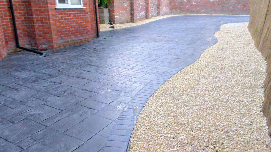 Driveway resealed in Heaton Moor, Stockport.